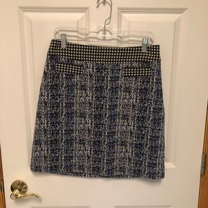 CAbi 21 Club Skirt Size 6-New with Tags
